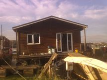 'Woodcraft' - 60' Modern 3 bed Houseboat - SOLD